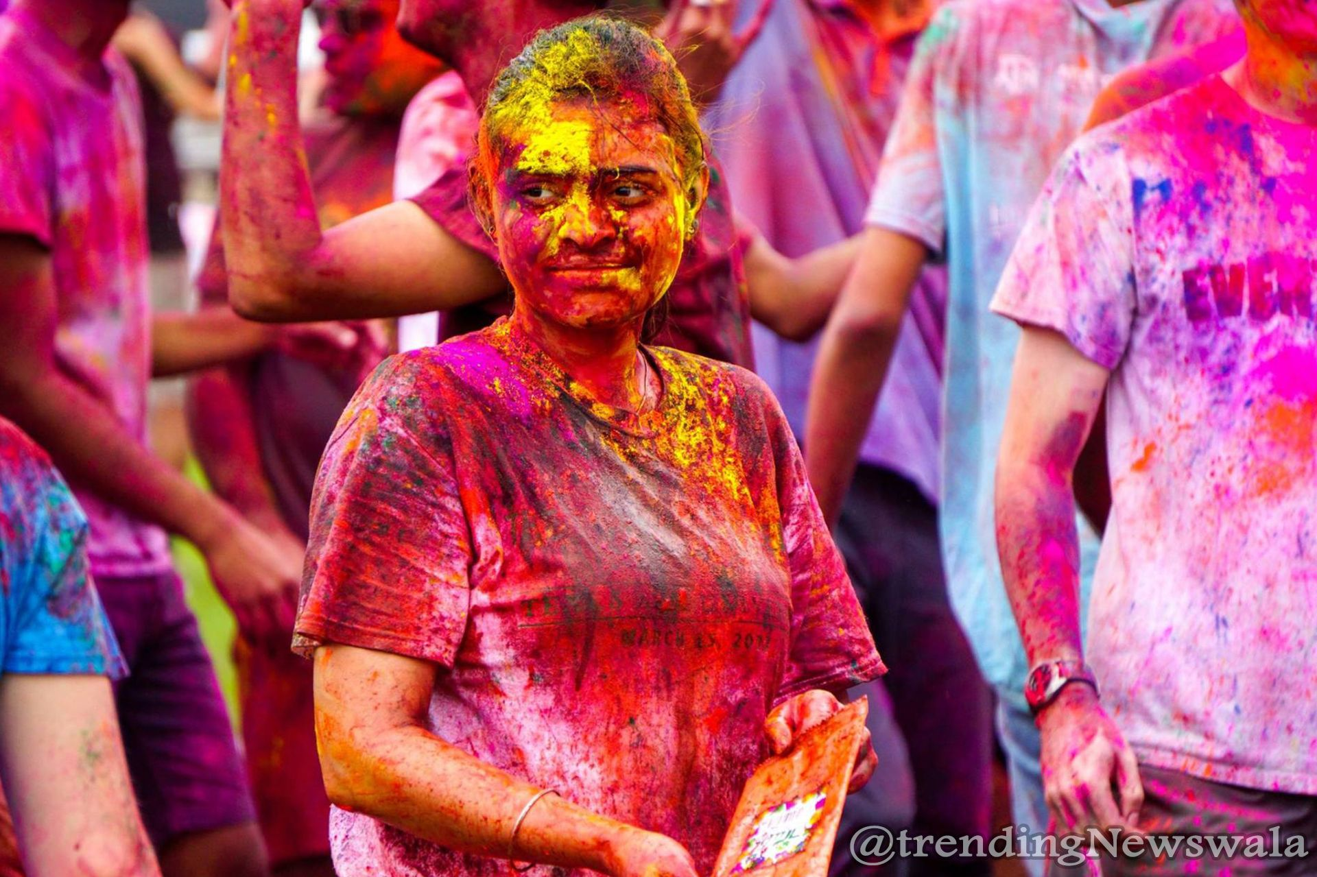How to Remove Holi Pakka Colour from Face and Skin