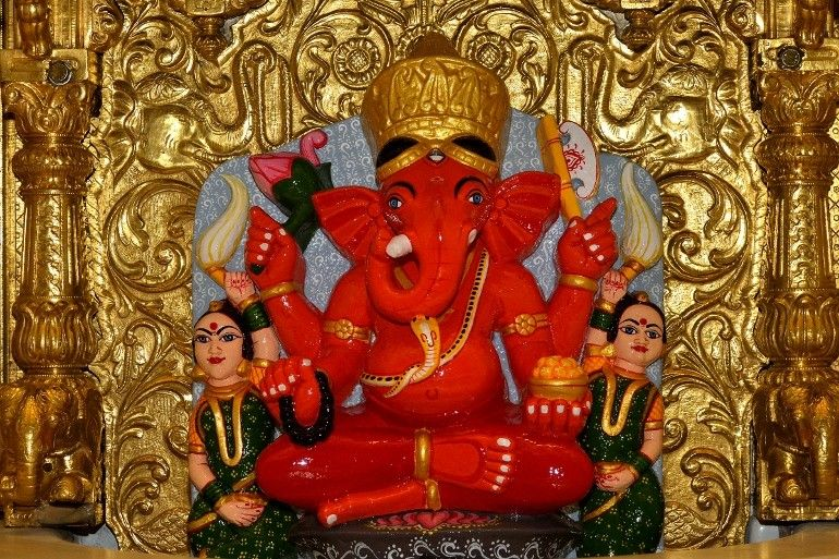 10 Most Famous Temples In Mumbai